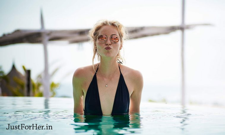 How to Look Sexy yet Elegant at Swimming Pool